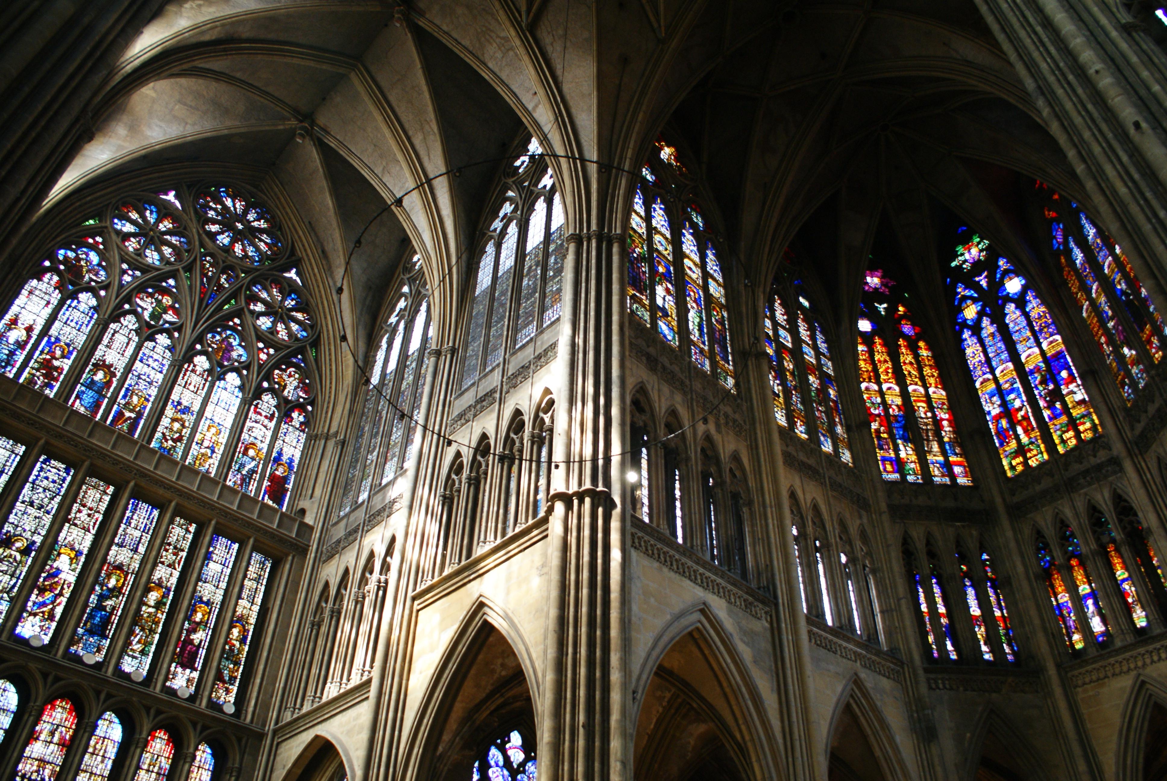 Il gotico l arte della luce storia e arte - Finestre circolari delle chiese gotiche ...